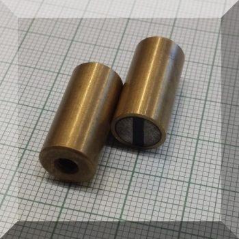 D10x20 H-tipusú POT mágnes Bronzházban NdFeB betéttel M4 menet