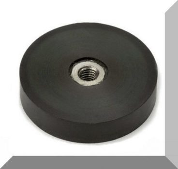 D40/D44,6x9,5 mm. gumirozott POT mágnes M6-os belső menettel