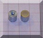 D8x8 mm-es AlNiCo POT mágnes M3-as menettel (450°C)