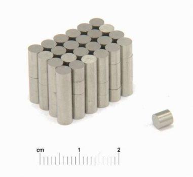 D4x4 mm. AlNiCo  mágnes 525°C