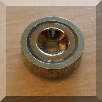 D20x6mm. POT mágnes Neodym betéttel (süllyesztett furatos)