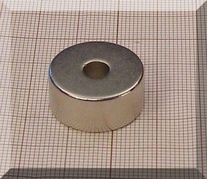D22/d6x10 mm. N38 NdFeB gyűrűmágnes