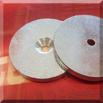 Fém ellendarab Neodym mágneshez D50x5 Horg.