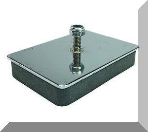 78x55x14 mágnes tappancs ferrit betéttel menetszárral és gumi bevonattal
