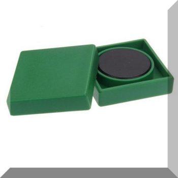 35x35x9mm. Nagy négyzetes irodamágnes ferrit mágnes betéttel - Zöld