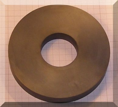 D155/d56x21,9 mm. Ferrit gyűrű mágnes