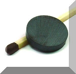 D15x3 mm. Ferrit korong mágnes