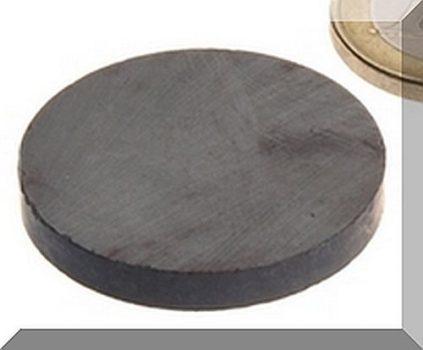 D30x3 mm. Ferrit korong mágnes
