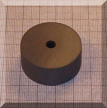 D34/d5,5x15 mm. Ferrit gyűrű mágnes
