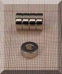 D10/d4,3x4 mm. N38 NdFeN gyűrű mágnes