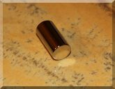 D10x20mm. N45 Neodym henger mágnes