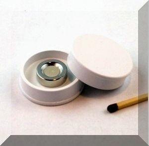 D30x8 mm. Nagy irodamágnes NdFeB mágnes betéttel - Fehér