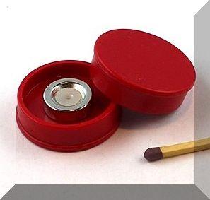 D30x8 mm. Nagy irodamágnes NdFeB mágnes betéttel - Piros