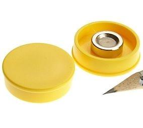 D30x8 mm. Nagy irodamágnes NdFeB mágnes betéttel - sárga
