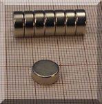 D10x4 mm. N38 Neodym korong mágnes
