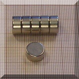 D10x6 mm. N45 NdFeB korong mágnes