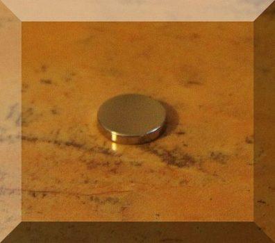 D12x2 mm. Neodym korong mágnes N50