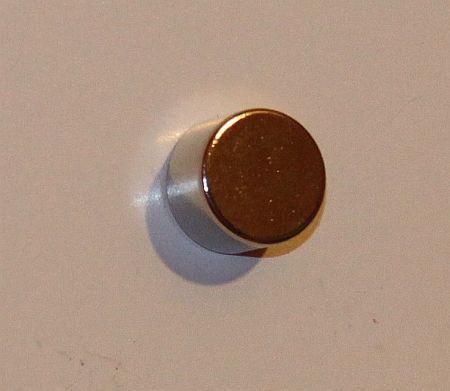 D15x10 mm. N35 korong neodym mágnes