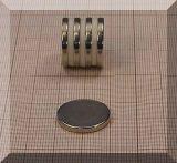 D20x2,5 mm. Neodym korong mágnes N38