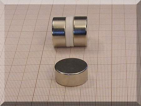 D22x10 mm. N38 Neodym korong mágnes