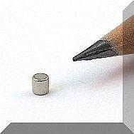 D2x2 mm. Neodym korong mágnes N48