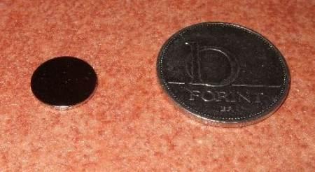 D12x1 mm. Neodym korong mágnes N38