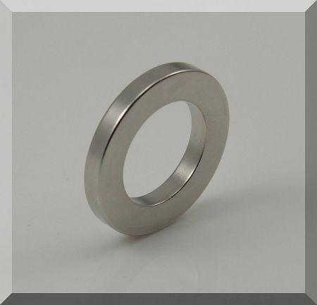D40/d25x5 mm. N42 Gyűrű Neodym mágnes, Diametriális