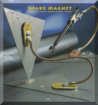 """""""Mágnes kígyó"""" 2db. mágnestappancs flexibilis tartóval, csipesszel"""