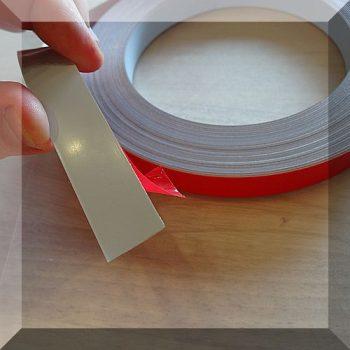 Öntapadós fémszalag 25 mm. széles, öntapadós, habszivacsos