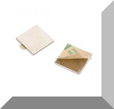 20x20x1 mm. N35 Öntapadós téglatest mágnesek (5 pár) SZETT