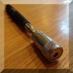 Teleszkópos csavarszedő toll. 3,5kg. 190-800 mm. Led világítással NEO