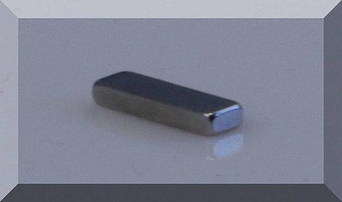 10x3x1,5 mm. téglatest mágnes N38