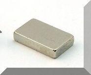 10x6x2 mm. N52 Neodym téglatest  mágnes