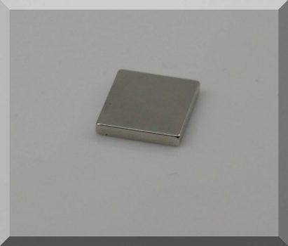 25x20x3 N38 Neodym Téglatest mágnes