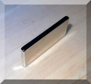 50x22x4 mm. N35SH Téglatest Neodym mágnes150°C